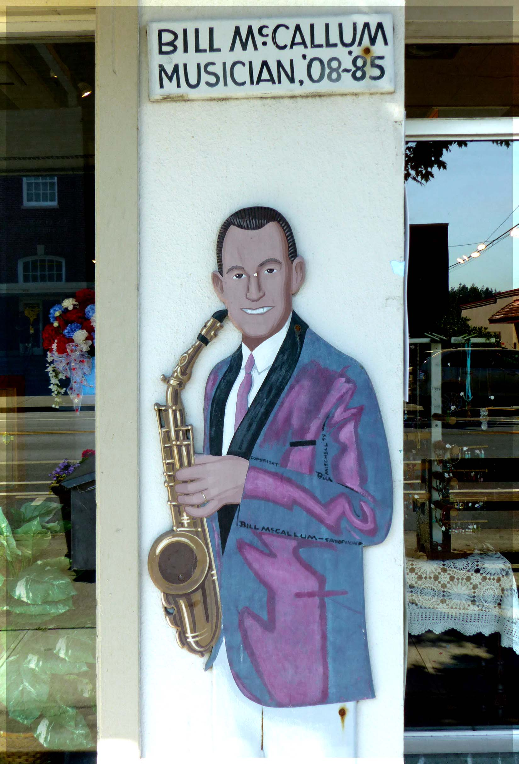 Mural of man with a saxophone