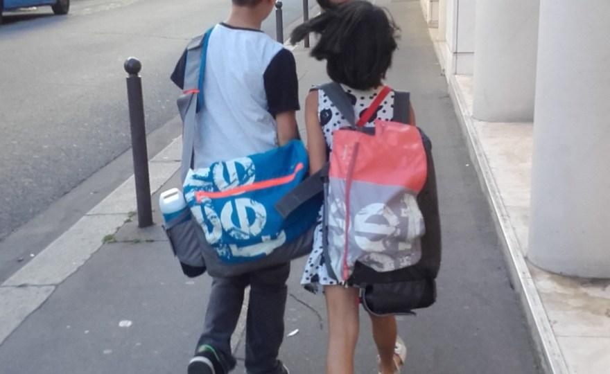 children_walking_school