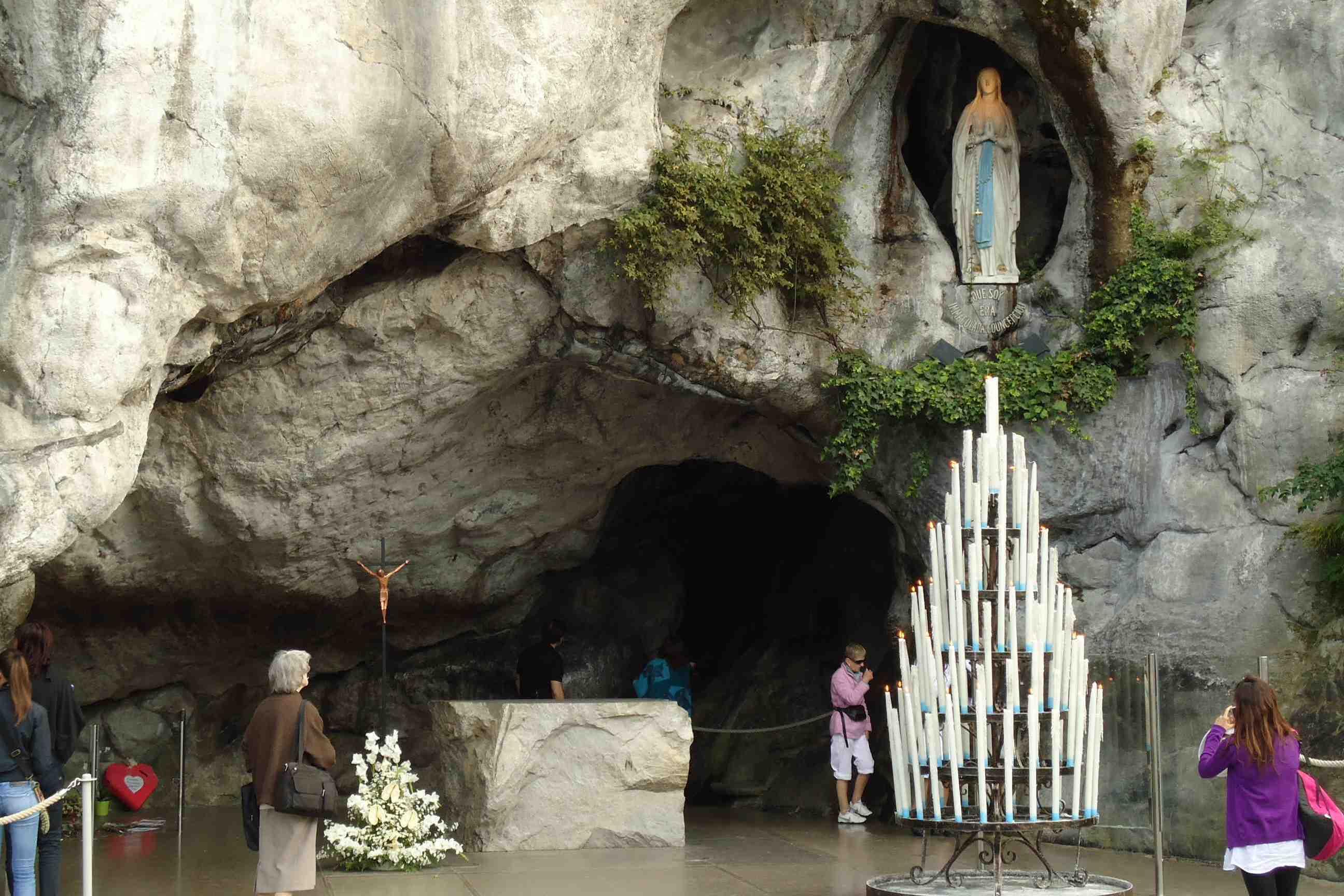 Lourdes-Grotto.jpg