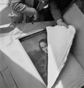 Where's that enigmatic smile? The Mona Lisa under wraps during World War 2