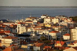 France, Gironde, Arcachon, General view of city center and the Arcachon Basin
