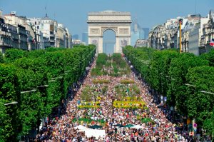 "The future is greener: Easter Weekend in 2010, when the Champs- Élysées really transformed into a ""champs"""