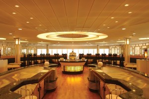The Flora Restaurant on the Pont Aven - French fine dining while you float