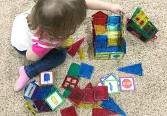 10 Educational STEM Toys for Toddlers