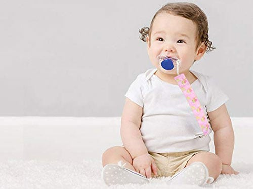 keep baby calm in the car with a pacifier clip