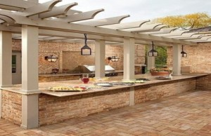 Top 10 Amazing Outdoor Kitchens
