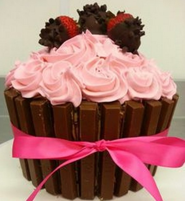 Chocolate Dipped Strawberry Giant Cupcake With Kit Kat Border