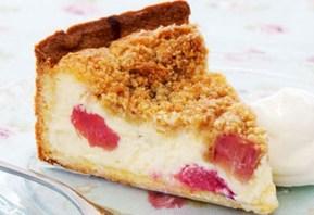 Top 10 Delicious Rhubarb Crumble Recipes