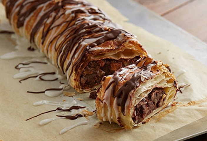 Chocolate, Nuts and Apple Strudel