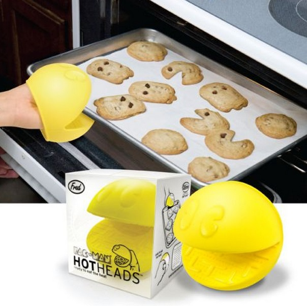 3D Pacman Silicon Oven Mitt