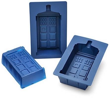 TARDIS Gelatin Mold Set
