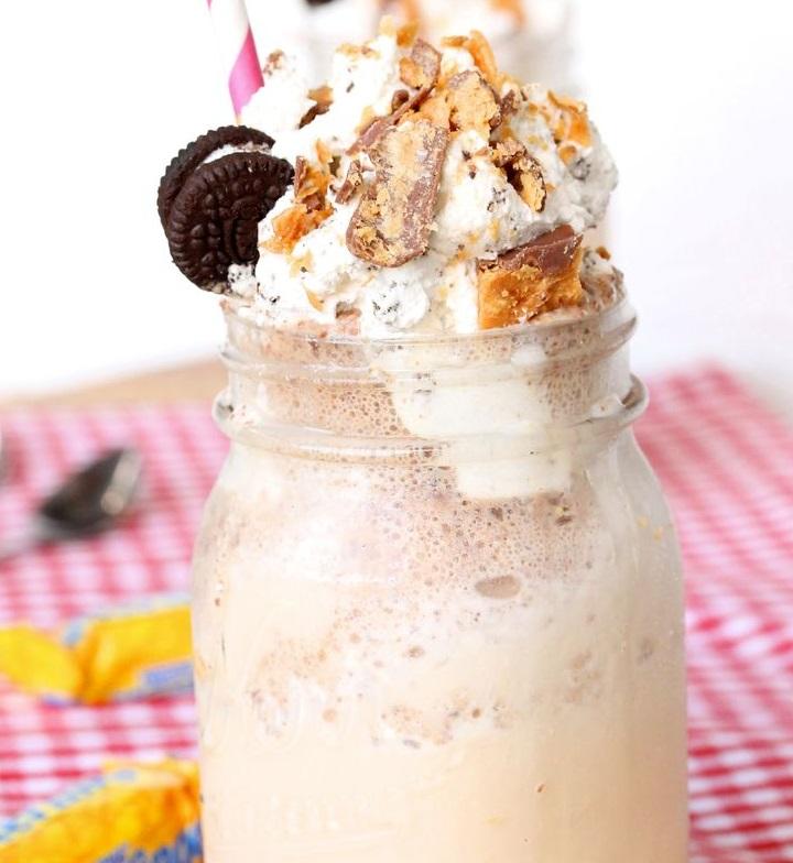 Oreo & Butterfinger Malted Milkshake