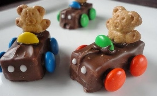 Teddy Choclate Bar Race Cars