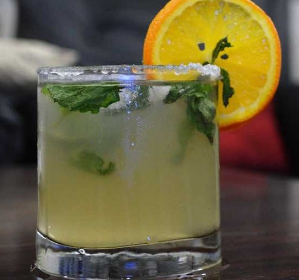 Fresh Mint and Lemon Cooler