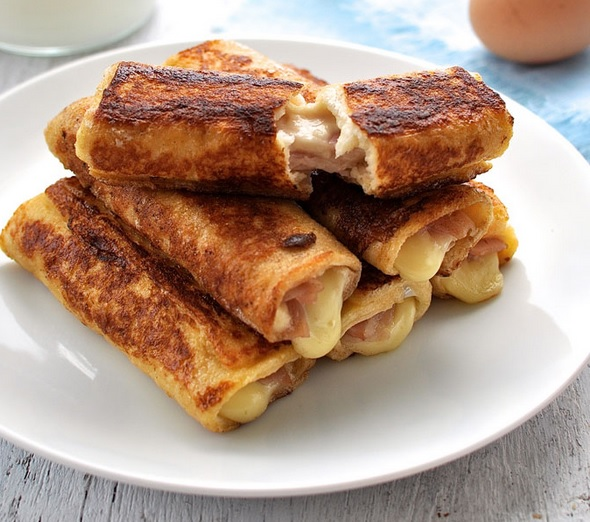 Ham & Cheese French Toast Roll-Ups