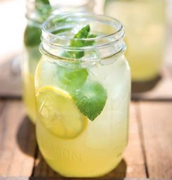 Homemade Mint Lemonade Recipe