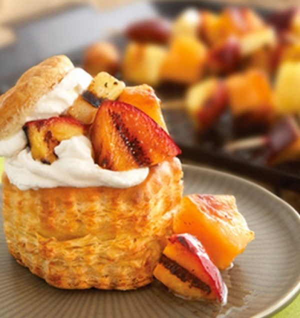 Grilled Fruit Cream Puffs