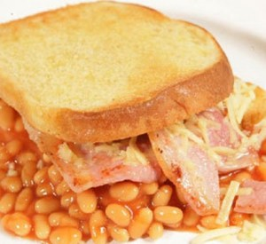 Top 10 Amazing Recipes To Make With a Tin of Baked Beans