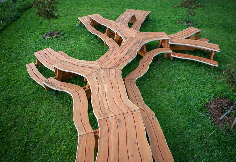 Branching Picnic Table