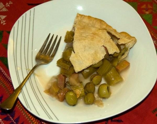 Kiwi & Rhubarb Pie