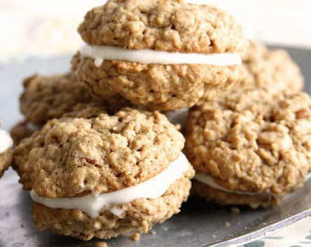 Nutty Oatmeal Ginger Cookie Sandwiches