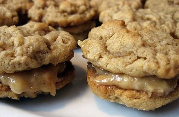 Peanut Butter & Oatmeal Sandwich Cookies