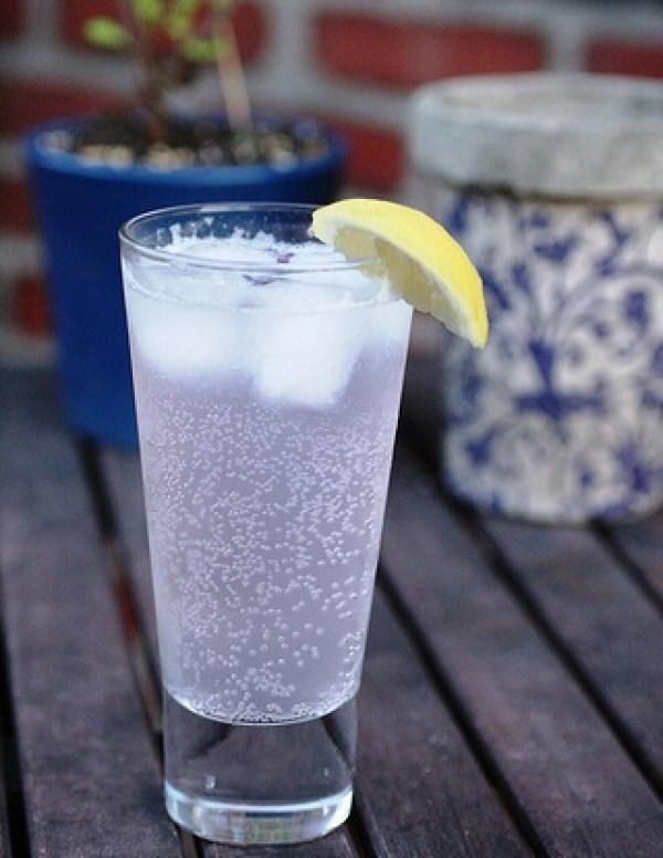 Homemade Lavender Lemonade Fizzy Drink
