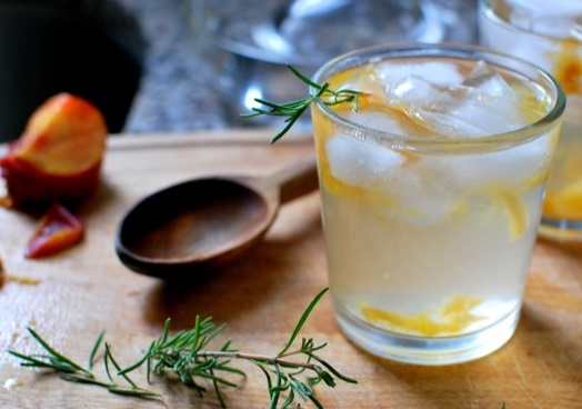Homemade Plum & Rosemary Fizzy Drink