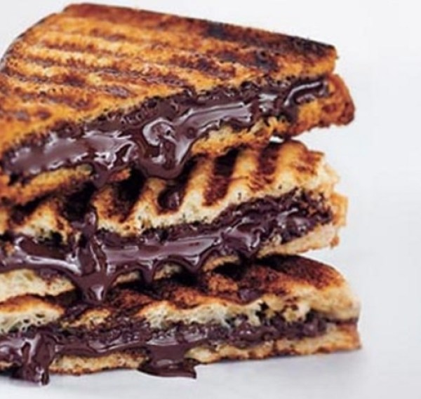 World's Best Grilled Chocolate Sandwich