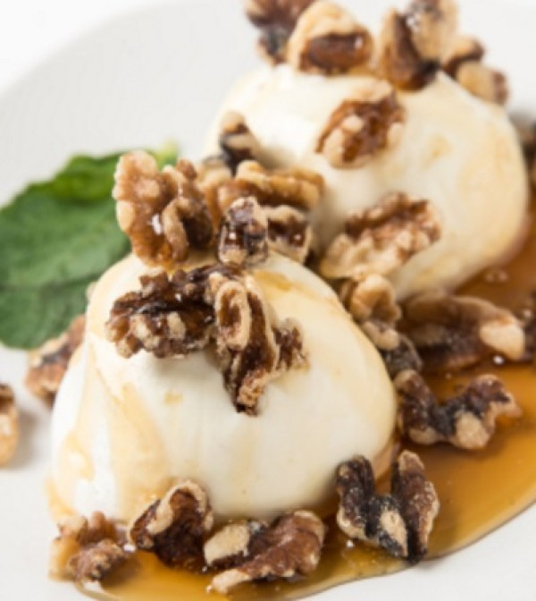 Christmas Maple Walnut Ice Cream