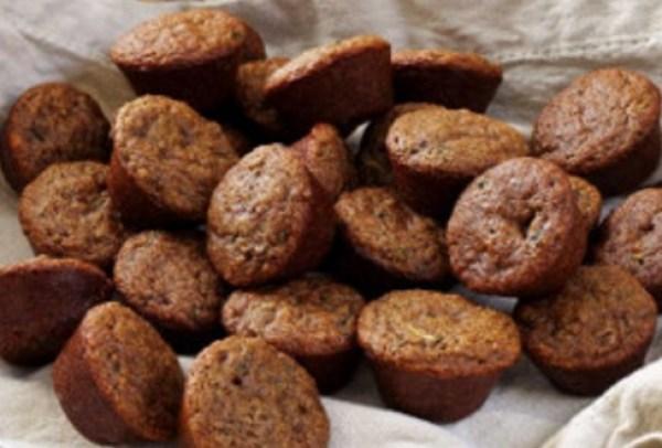 Dark Pfeffernuess Christmas cookies