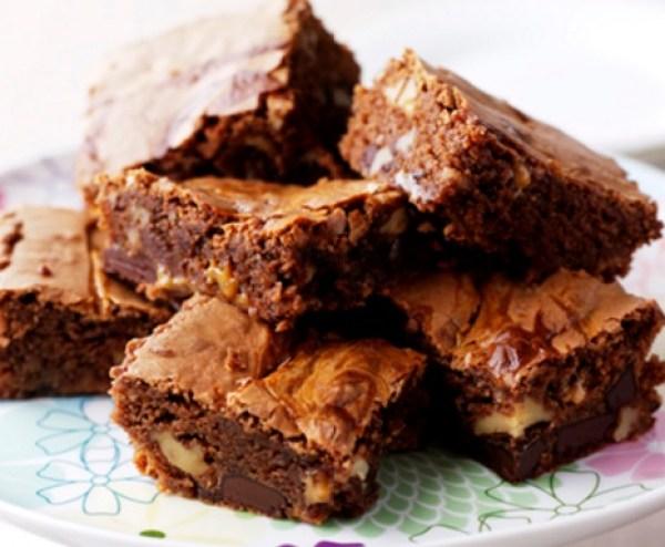 Caramel Swirl Chocolate Brownies