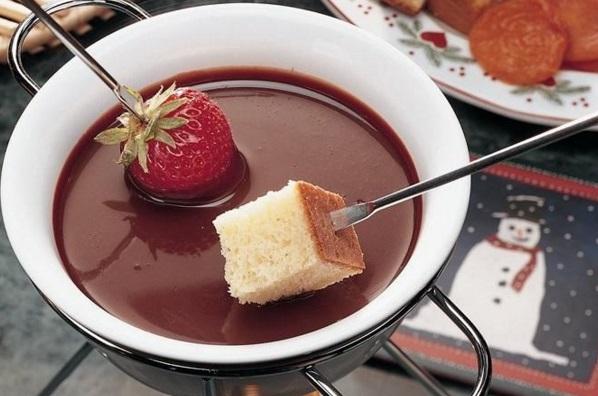 Milk Chocolate Fondue