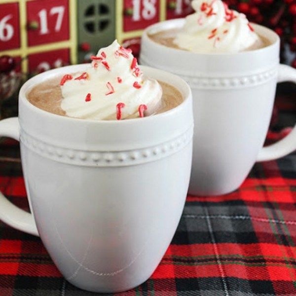 Peppermint & Whipped Vodka Hot Chocolate