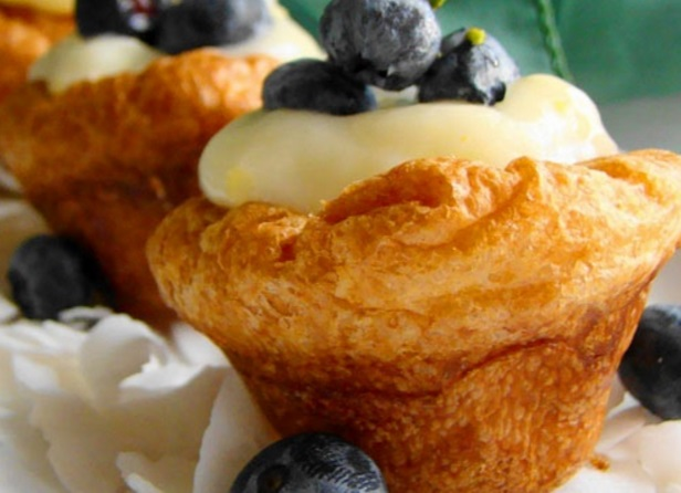 Top 10 Light and Fluffy Recipes For Blueberry Popovers