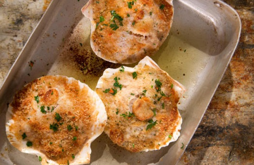 Herby Baked Scallops