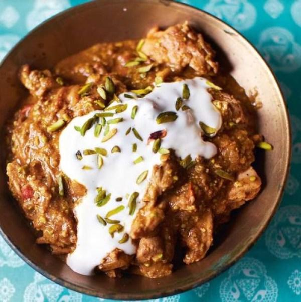 Pistachio and Yoghurt Chicken Curry