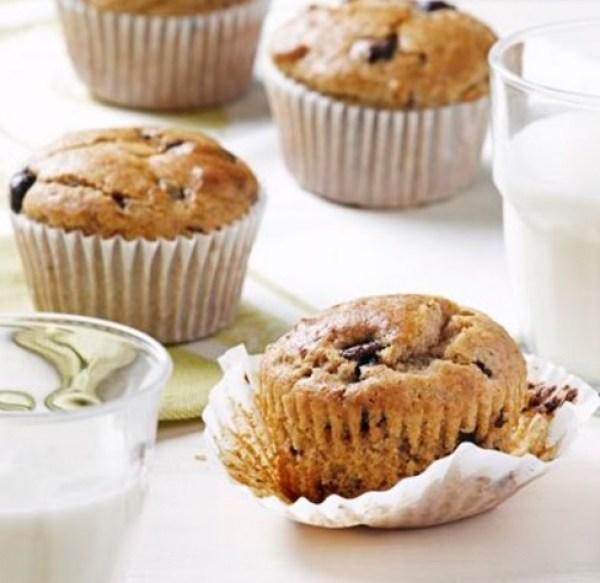 Chocolate Covered Raisin Banana Muffins