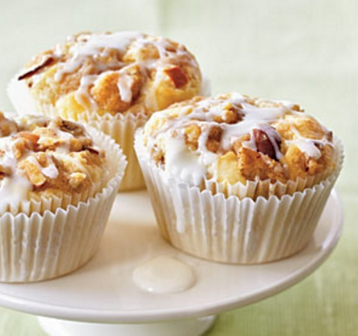 Amaretto & Apple Streusel Cupcakes