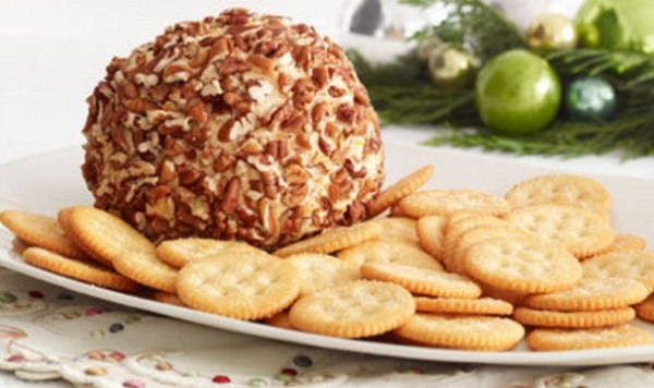 Classic Cheese Ball