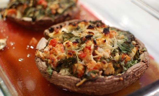 Vegetarian Pizza-Stuffed Portobello Mushrooms