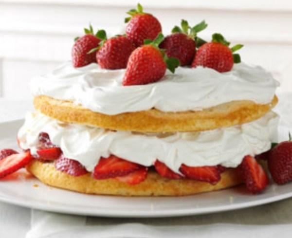 Strawberries & Cream Torte