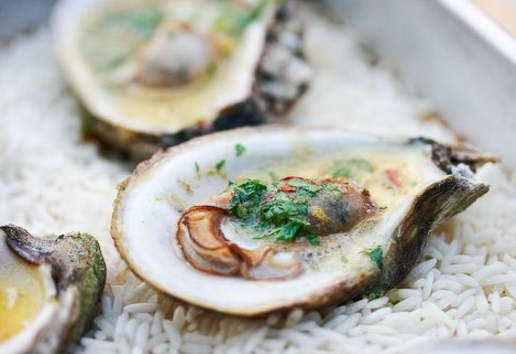 Classic Grilled Oysters