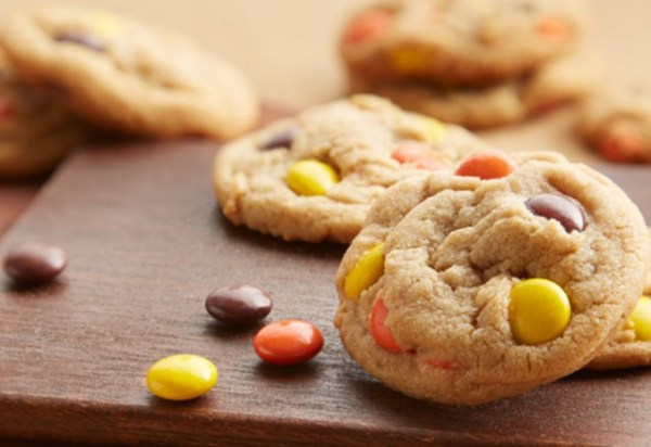 Mini Reese's Pieces Peanut Butter Cookies