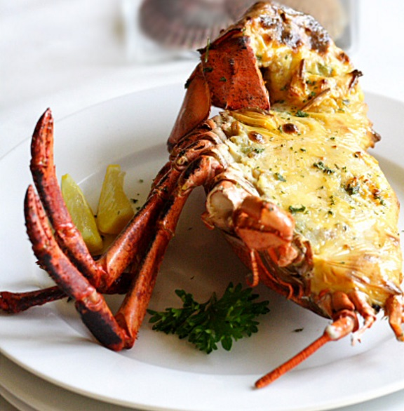 Baked Lobster with Cheese