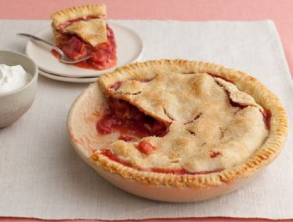 Grandma's Strawberry & Rhubarb Pie