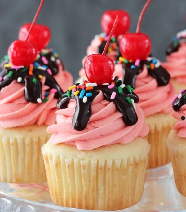 Strawberry Sundae Cupcakes