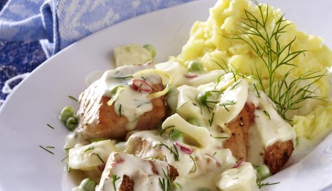 Salmon in Anisette Cream With Mashed Potatoes