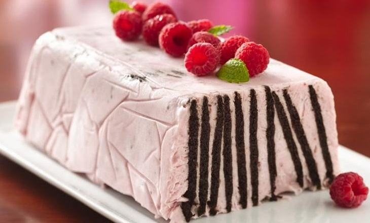 Chocolate Wafer Raspberry Torte