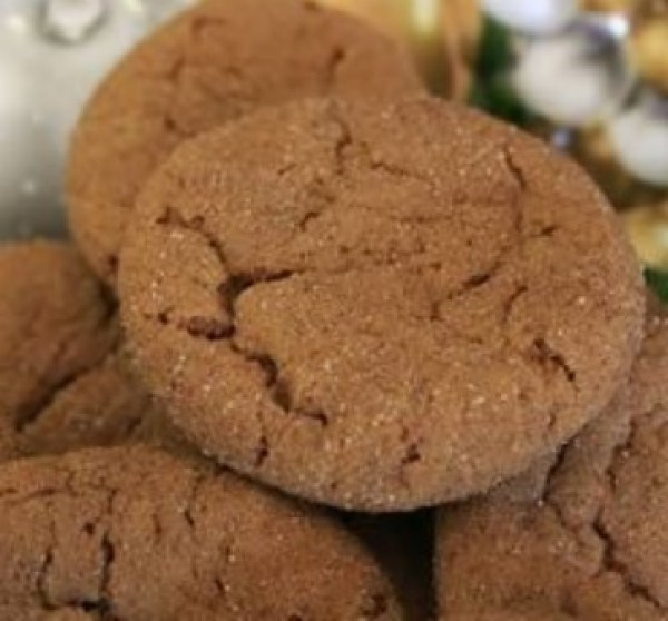 Classic Gingersnap Biscuits